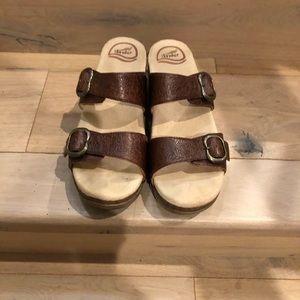 Dan ski sandals